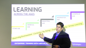 VAMRR Founder Anand Gurnani presenting a workshop on Enterprise Training with VR in Pune